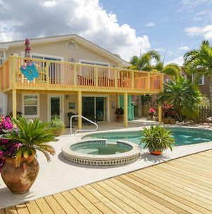 Waterfront Close To Times Square Pier. Fishing Dock & Gazebo With Hammock photos Exterior