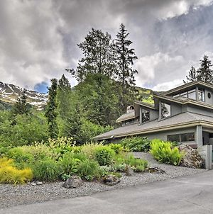 Custom Girdwood Home 2 Blocks From Alyeska Resort! photos Exterior