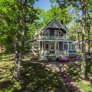 Bala Retreat Walking Distance To Bala On Beautiful Lake Muskoka photos Exterior