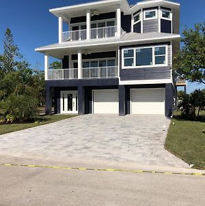 Beautiful New Construction Luxury Home, Close To The Beach! photos Exterior
