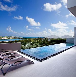 Emvie 3 - Ultra Modern Villa Overlooking Orient Bay With Pool - Free Wifi photos Exterior