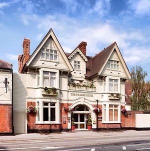 Mercure London Staines-Upon-Thames Hotel photos Exterior
