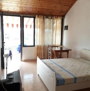 Beautiful Room For 2 With Private Bath & Terrace photos Exterior