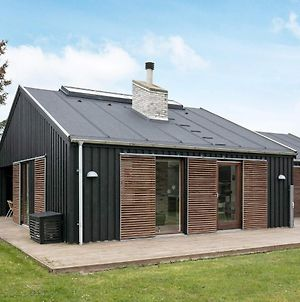 Three-Bedroom Holiday Home In Hjorring 14 photos Exterior