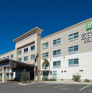 Holiday Inn Express & Suites Murrieta photos Exterior