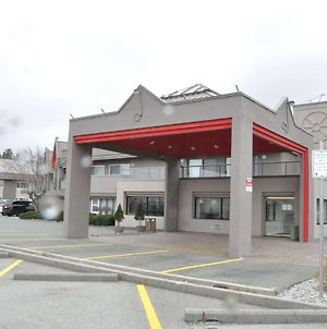 Ramada By Wyndham Abbotsford photos Exterior