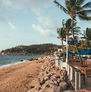 Base Backpackers Magnetic Island photos Exterior