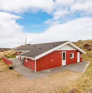 Three-Bedroom Holiday Home In Henne 2 photos Exterior