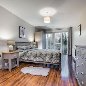 Stunning 2Br Apartment - Perfect For Longer Stays photos Exterior