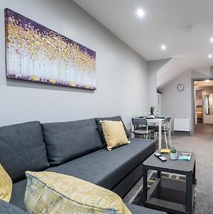 Pass The Keys Lovely 1Br Apt In No 1 Location With Top Amenities photos Exterior