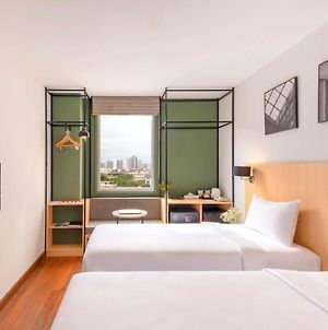 Ibis Bangkok Sathorn photos Exterior