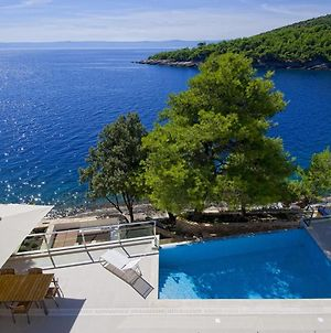 Luxury Seafront Villa My Dream With Private Pool, Jacuzzi And Staff At The Beach On Brac Island - Sumartin photos Exterior