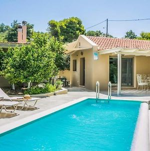 Argostoli Villa Sleeps 5 Pool Air Con Wifi photos Exterior