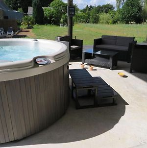 Pretty Cottage In La Chapelle-Neuve Brittany With Jacuzzi photos Exterior