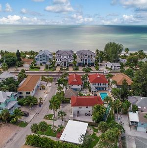 Incredible 4 Story Home With Bayside Views photos Exterior