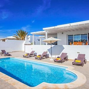 Puerto Calero Villa Sleeps 6 Pool Wifi photos Exterior