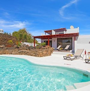 Puerto Del Carmen Villa Sleeps 6 Pool Wifi photos Exterior