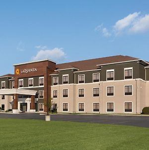 La Quinta Inn & Suites By Wyndham Lackawanna photos Exterior
