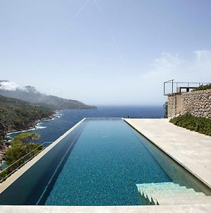 Rent Your Luxury 4 Bedroom Villa, Mallorca Villa 1018 photos Exterior