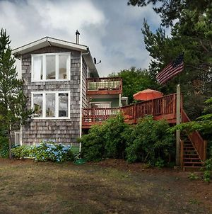 Fernglen Forested Beach Retreat photos Exterior