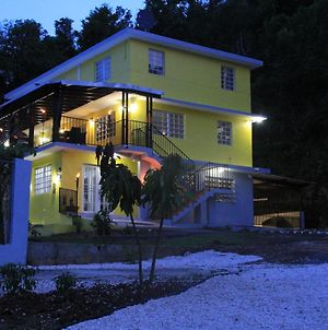 Large Country Home Near Beach, Rivers, Lagoons, Sleeps Up To 32 photos Exterior