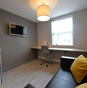 Simplistic Apartment In Coventry Near The Skydome Arena photos Exterior