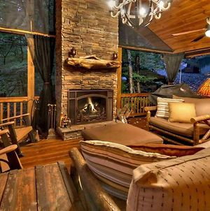 Treehouse Retreat By Escape To Blue Ridge photos Exterior