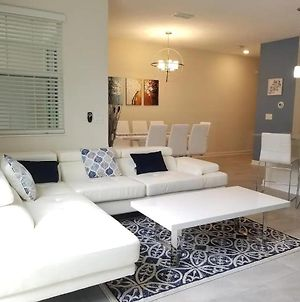 Amazing Home In Storey Lake 10 Min To Disney - Townhouses For Rent In Kissimmee photos Exterior