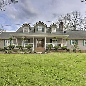 Summerville Retreat With Pool & Deck On 5 Acres photos Exterior