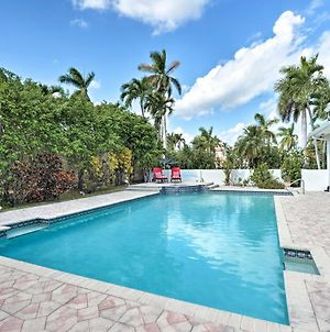 Lavish Home With Oasis - 1 Mile To Hollywood Beach! photos Exterior