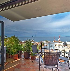 Puerto Vallarta Condo With Bay Views & Pool Access! photos Exterior