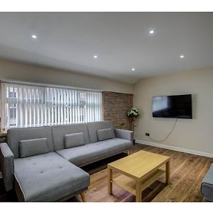 Large Top Floor Pad, Perfect For Up To 8. Nq, Mcr! photos Exterior