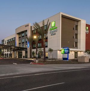 Holiday Inn Express And Suites Phoenix North - Happy Valley photos Exterior