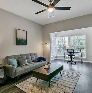 Modern 1Br Flat In The Heart Of North Atlanta photos Exterior