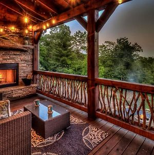 Wolfs Den By Escape To Blue Ridge photos Exterior