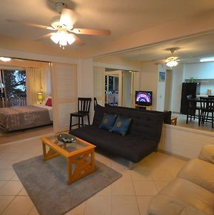 Hawaiian King 501 Studio, Pool And Bbq Grill, Sleeps 4 photos Exterior