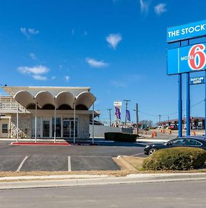 Motel 6 Fort Worth, Tx - Stockyards photos Exterior