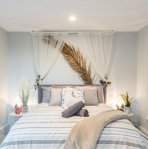 Boutique Private Rm Situated In The Heart Of Burwoodg1 photos Exterior