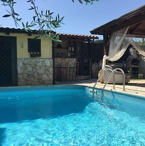 Lavish Holiday Home In Napoli With Swimming Pool photos Exterior