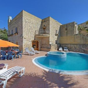 Ta' Gorgun Villa Sleeps 6 Pool photos Exterior