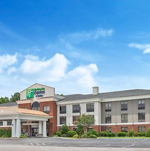 Holiday Inn Express Hotel & Suites Hardeeville-Hilton Head photos Exterior