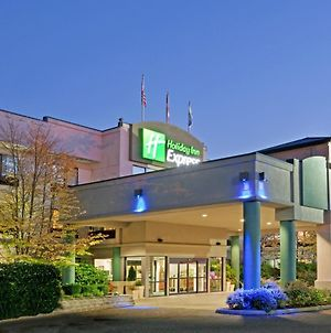 Holiday Inn Express Bellingham photos Exterior