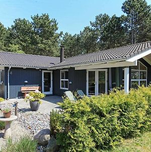 Four-Bedroom Holiday Home In Rodby 2 photos Exterior