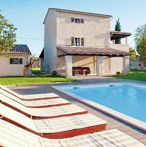 Spacious Villa With Private Swimming Pool In Kanfanar photos Exterior