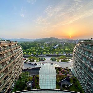 Wyndham Grand Plaza Royale Hangzhou photos Exterior
