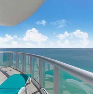 Fabulous Waterfront Miami Beach Sunny Isles Resort 2 Ensuite Bedroom Apartment W Stunning Views photos Exterior