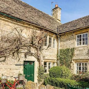 Traditional Cottage By Cotswold Wildlife Park photos Exterior