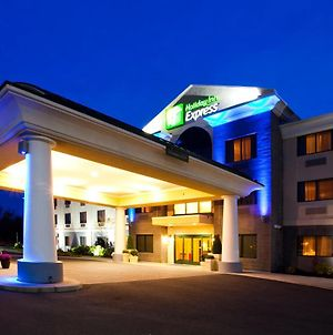 Holiday Inn Express Syracuse Airport, An Ihg Hotel photos Exterior