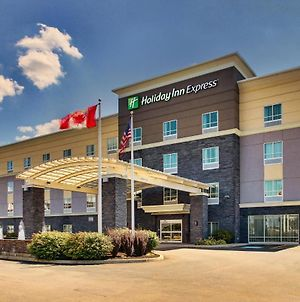 Holiday Inn Express & Suites Cheektowaga North East, An Ihg Hotel photos Exterior