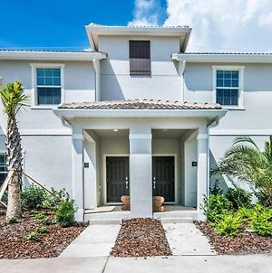 Best Location! 4Bd/3Bt W/Pool 10Min Disney-Orlando - Townhouses For Rent In Kissimmee photos Exterior